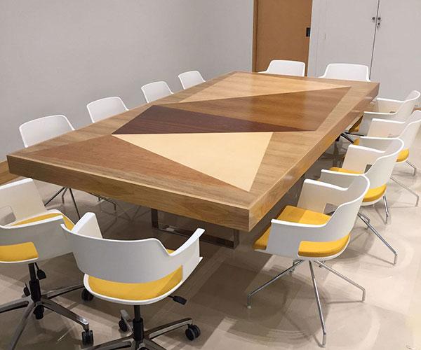 Los materiales m s utilizados muebles de dise o - Mesas de madera de diseno ...